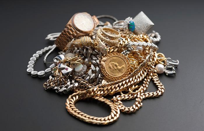 金・銀・プラチナ類の買い取りイメージ画像